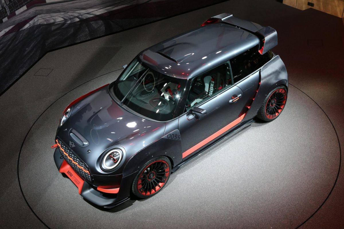 das mini john cooper works gp concept. Black Bedroom Furniture Sets. Home Design Ideas